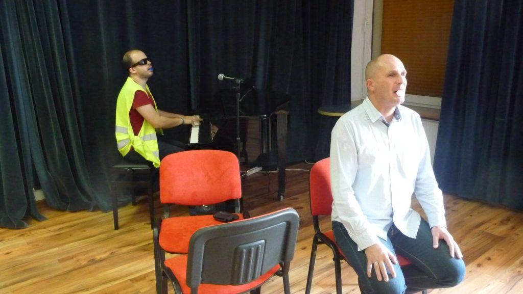 Ćwiczenia wokalne od Łukasza i Grzegorza