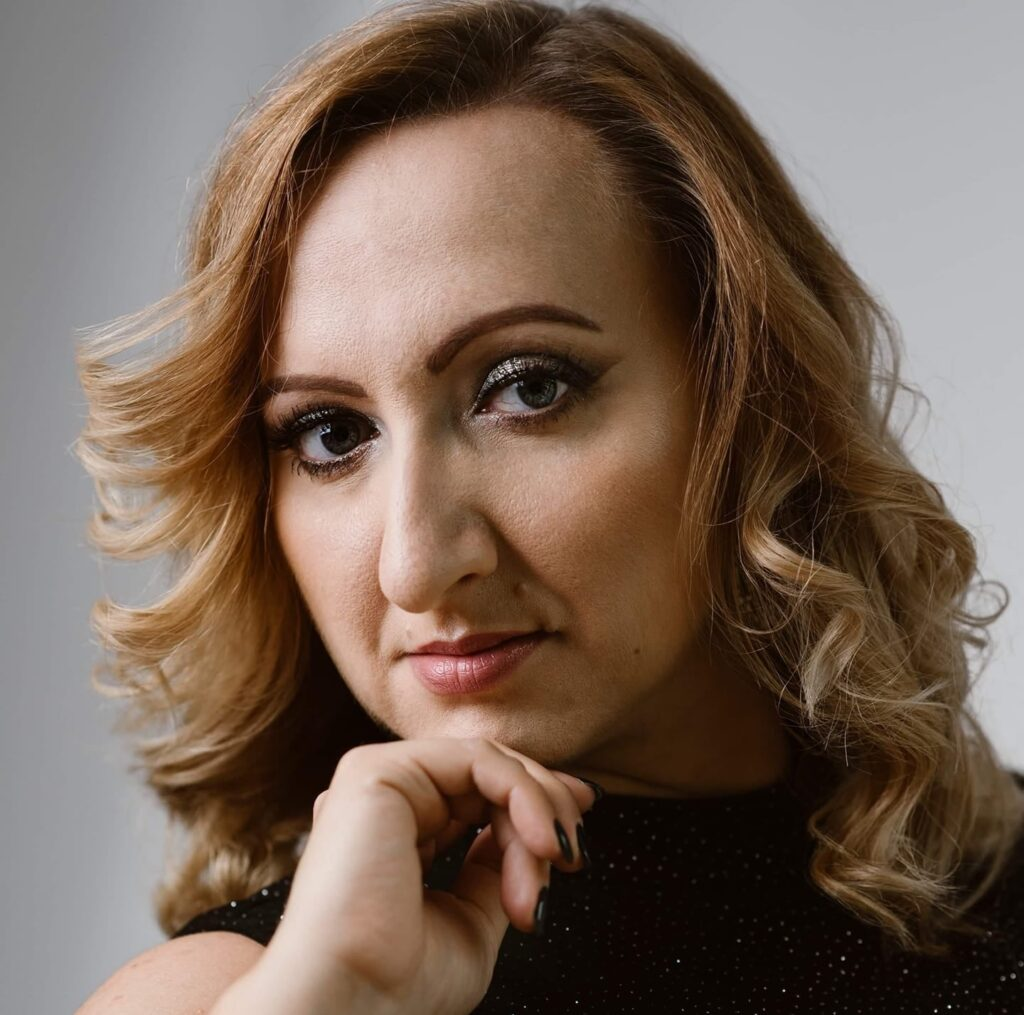 Agata Widera - Burda