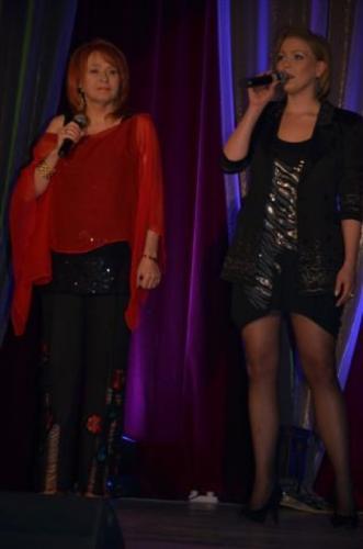 W recitalu Pani Danuty wystąpiła jej córka Karolina Błażejczyk-równie świetna wokalistka!