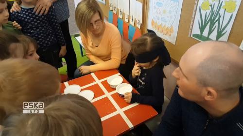 Zabawy na 4 zmysły (słuch, dotyk, węch i smak)