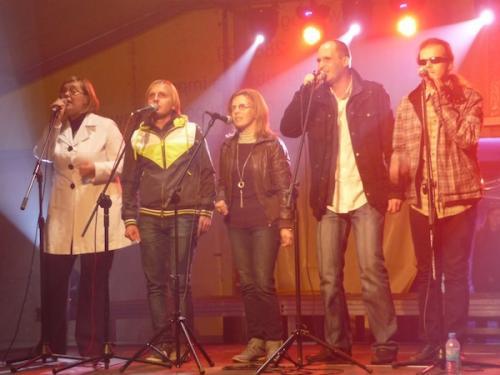 Zespół MEZALIANS ART w pełnym składzie