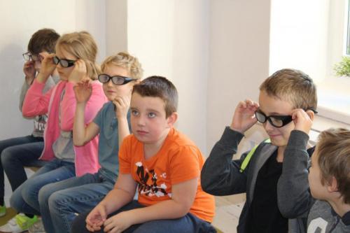 Okulary symulujące wady wzroku