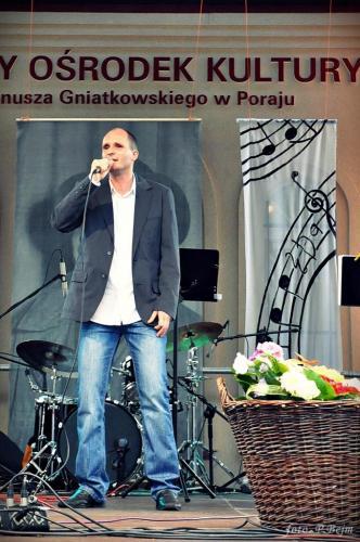 Szczęśliwy laureat śpiewa na bis