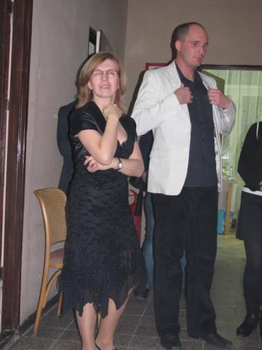 Zarząd fundacji przed wejściem na scenę (Karolina Żelichowska i Łukasz Baruch)