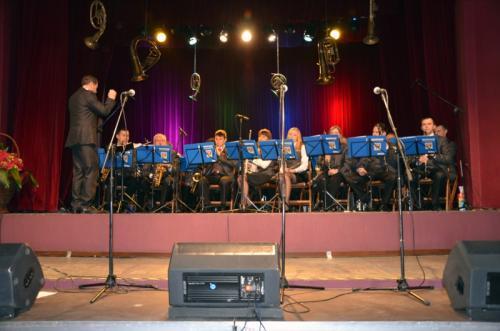Artystom koncertu akompaniowała rewelacyjna, Miejska Orkiestra Dęta